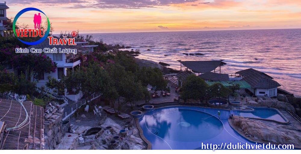 Tour Hàm Thuận Nam 3 ngày 2 đêm – Resort Rock Waterbay 4 sao