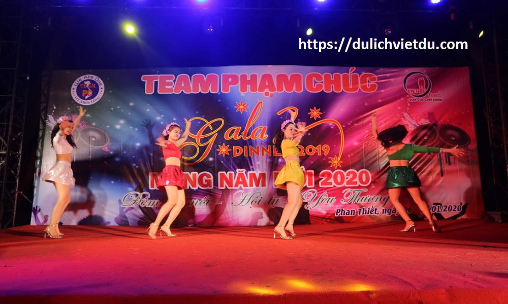 Nhóm múa tại Phan Thiết