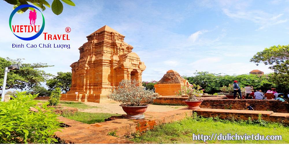 Tháp chàm Poshanư Phan Thiết