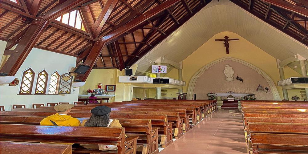 nhà thờ Domaine Đà Lạt