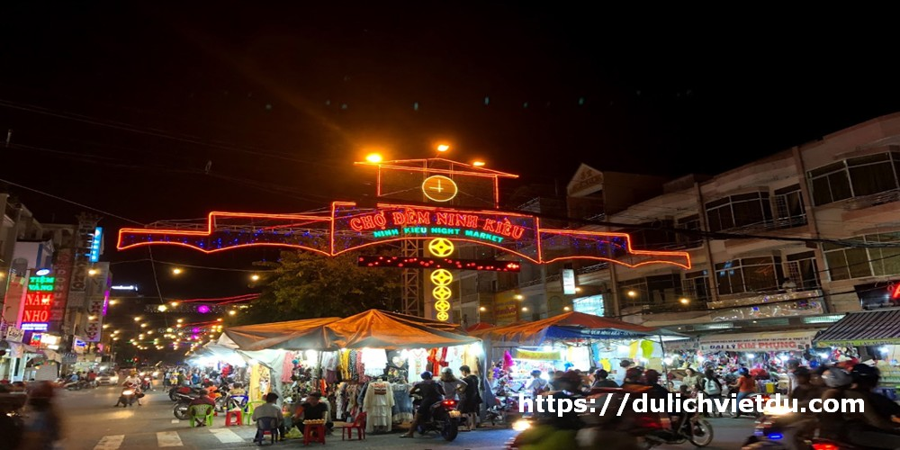 Chợ đêm Ninh Kiều